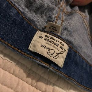 J. Crew Jeans - J. Crew slim boy jean Crestor wash